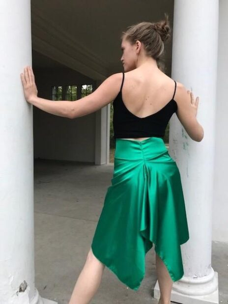 Emerald green charmeuse fishtailed tango skirt - Bailemos Dancewear